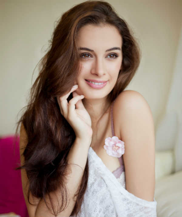evelyn-sharma-images