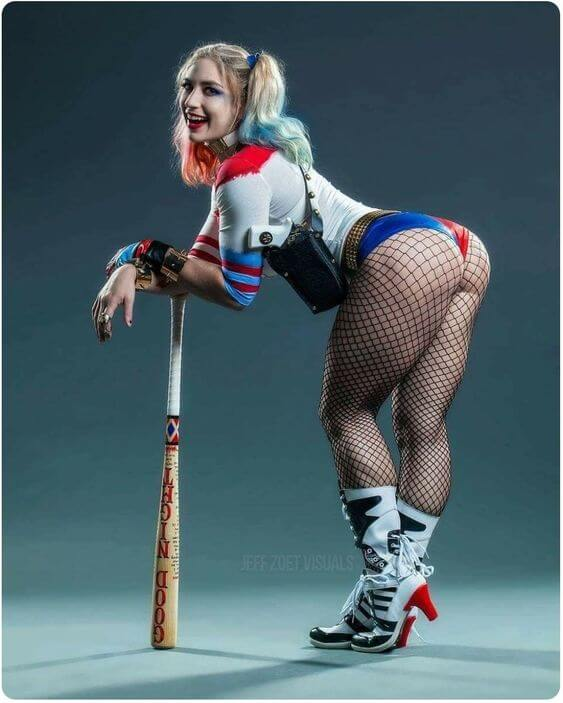 Harley Quinn sexy Pictures6
