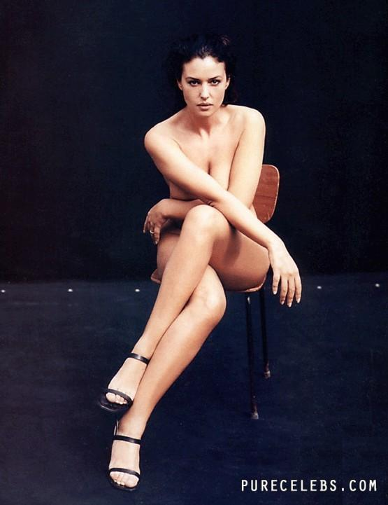 Monica Bellucci hot pic-3