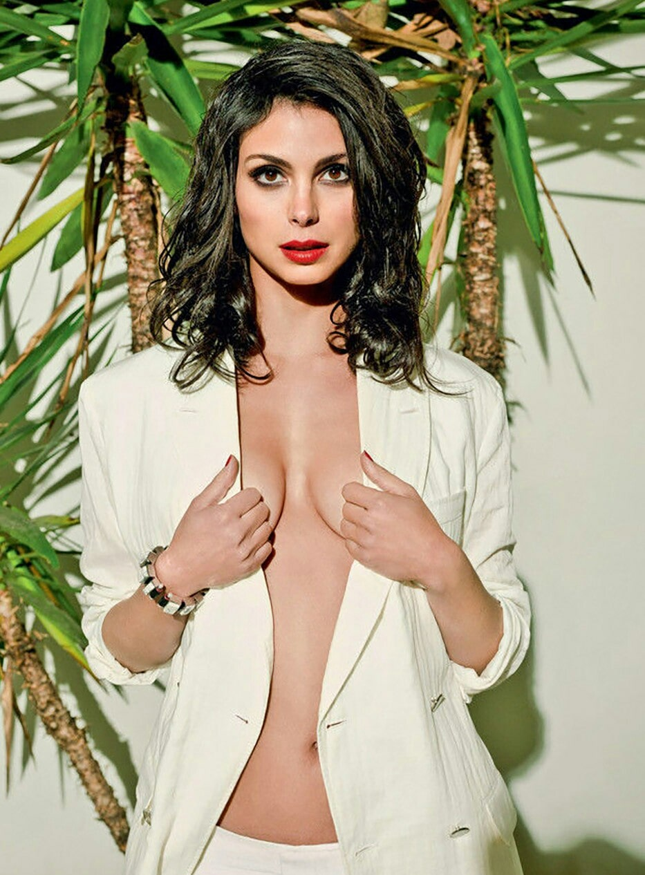 Morena-Baccarin-nude-Pictures