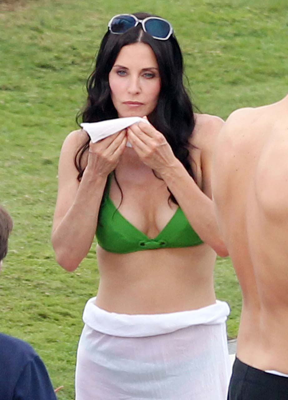 courteney cox hot images