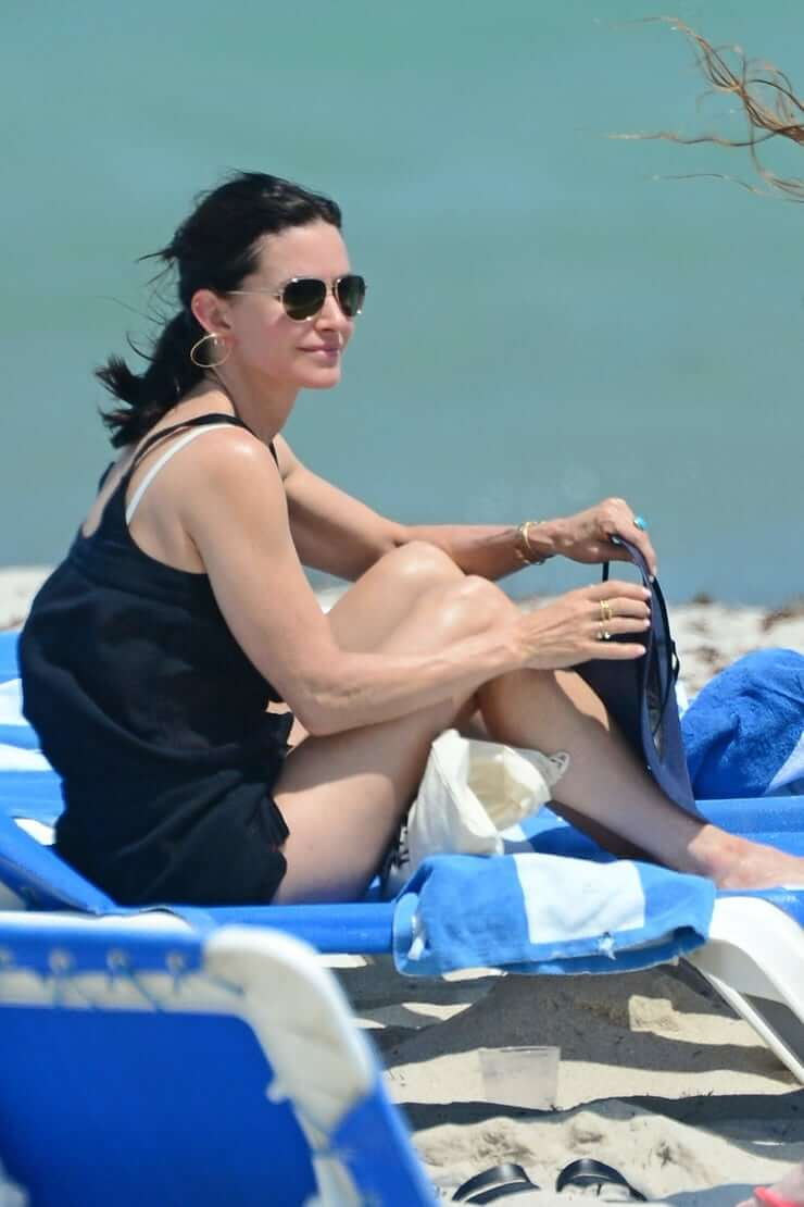 courteney cox sexy images9